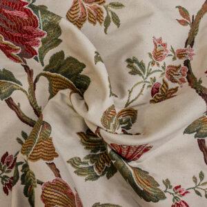 2,80m breiter Jacquard, Blütenzweige, Cremetöne, Rottöne, Grüntöne